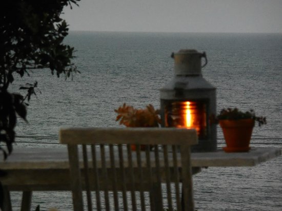 The Boatshed : At dusk overlooking ocean during romantic dinner
