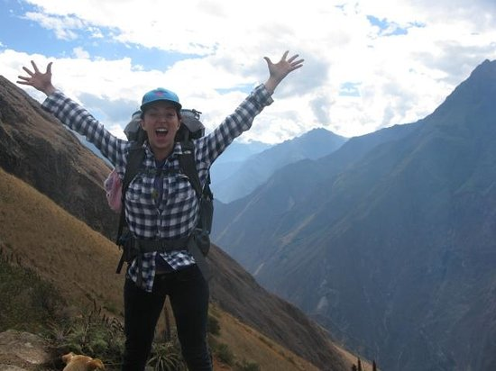 Encuentros Andinos : Hiking to Choquequirao