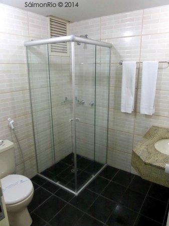 Bristol Metropolitan Flat : Banheiro do Quarto 1104 do Hotel no 11º Andar