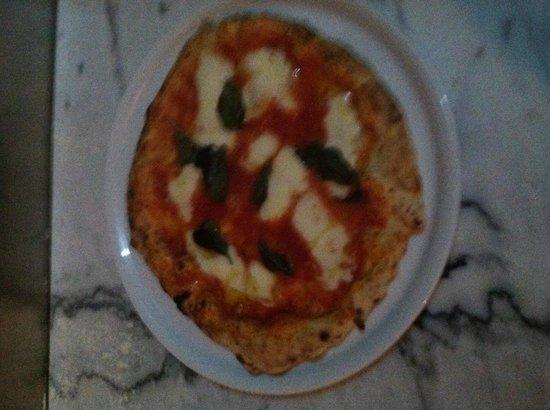 Aglio E Olio : Pizza margherita