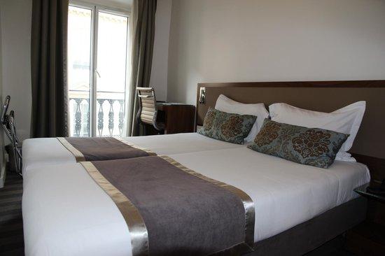 Art Hotel : Chambre TWIN