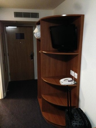 Premier Inn Cambridge (A14, J32) Hotel: Room