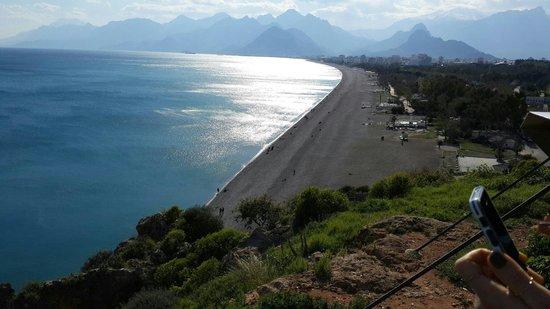 Konyaalti Beach : Manzara güzel