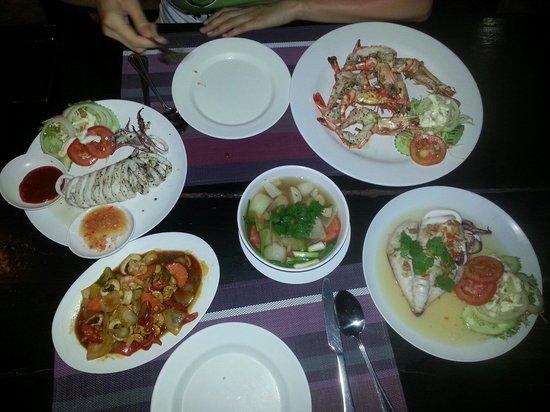 Patong Paradee Resort: Good restaurant