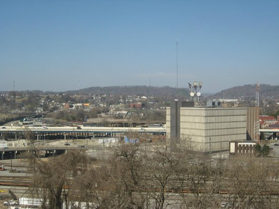 Crowne Plaza Knoxville: View from room of downtown and hills