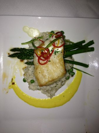 Hilton Marco Island Beach Resort: Sea Bass at the Hilton Restaurant