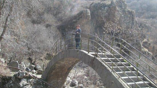 The Monastery of Geghard: Мост через горную реку