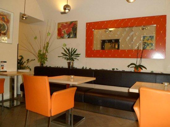 BEST WESTERN Hotel Pav: Lobby Bar