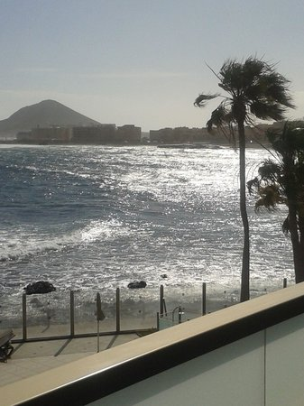 Hotel  Arenas del Mar: view from the balcony of room 110