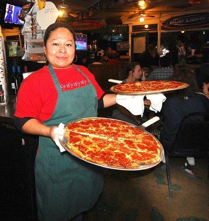 Giorgio's Pizza & Subs: Sandra and Leti make great pizzas at Giorgio's