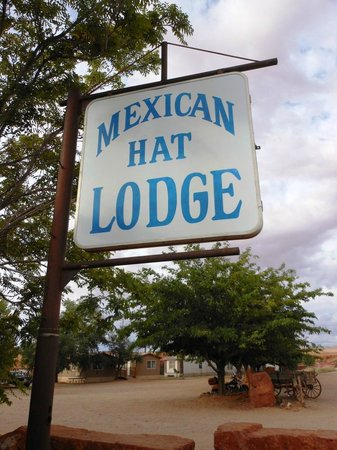 Mexican Hat Lodge and Swingin Steak: Arrived