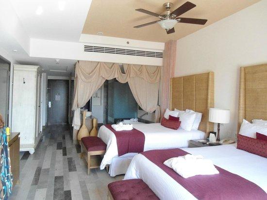 Secrets Vallarta Bay Puerto Vallarta: Nice room!