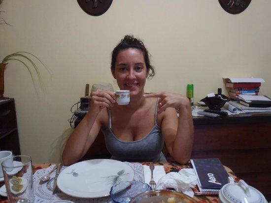 Casa Hilda y Alejandro: Cafecito de Hilda!!