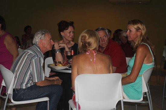 Locos Coronado Grill: Friends enjoying an evening at Locos