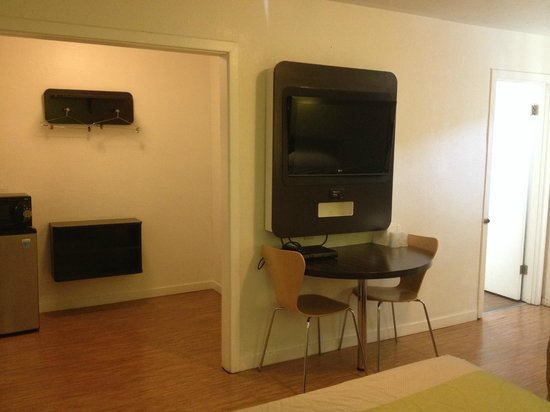 Motel 6 San Rafael : LCD TVs in all Rooms