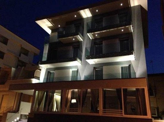 Bell Suite Hotel: Hotel Bell Suite #Hotel #BellSuite #BellariaIgeaMarina