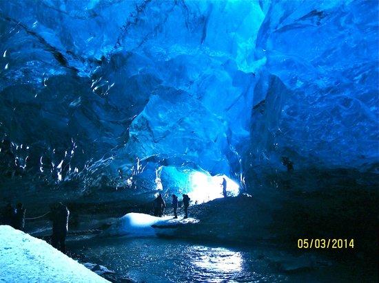 Goecco: Ice cave