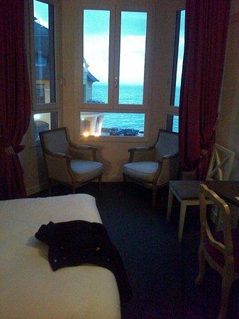 Hotel des Bains: chambre avec vue sur mer