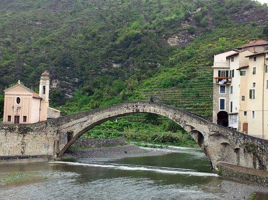 Castello dei Doria: The Bridge at Dolceacqua