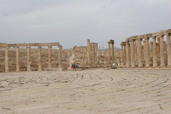 Ruinas de Jerash: Oval Forum