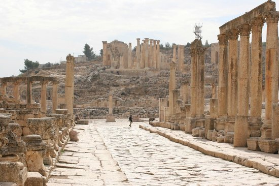 Ruinas de Jerash: Colonnaded street