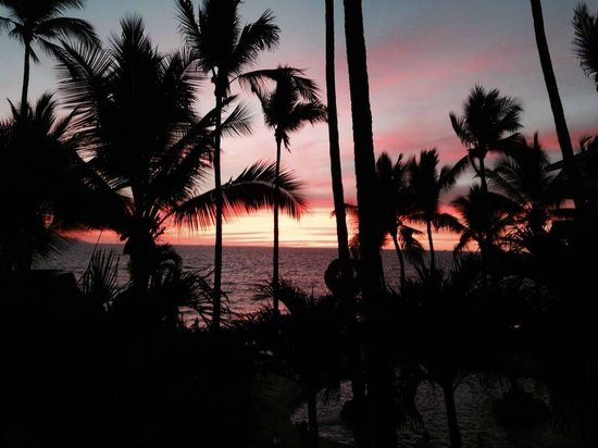 Las Palmas by the Sea: Sunset view from the room