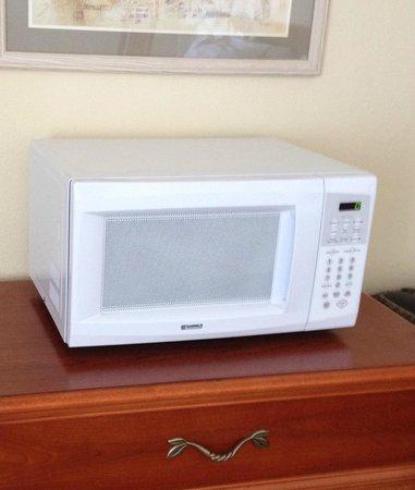 Holger Danske Hotel: #214  nice microwave