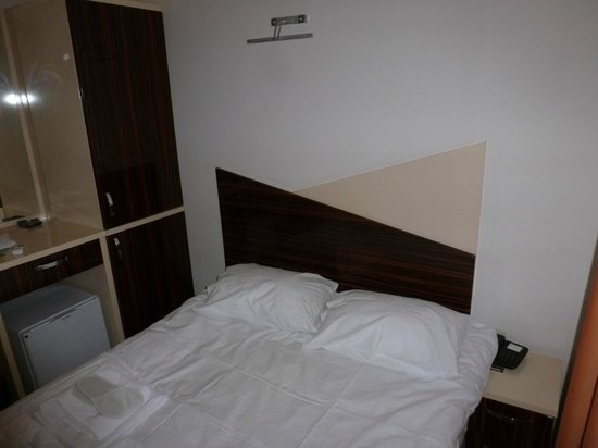 Historial Hotel: chambre