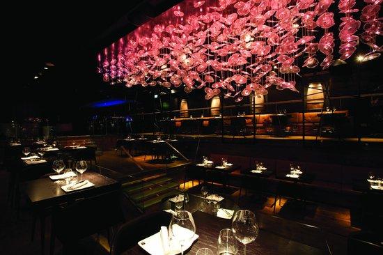 DSTRKT Restaurant and Bar: Yoshiaki by Dstrkt