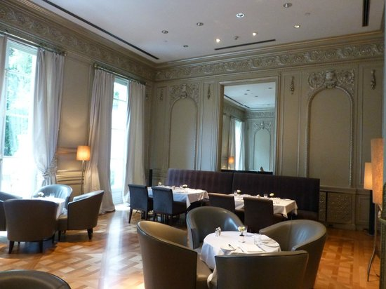 Palacio Duhau - Park Hyatt Buenos Aires: one of their dining areas with lovely view