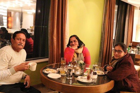 Pan Pacific Hanoi : club room dining