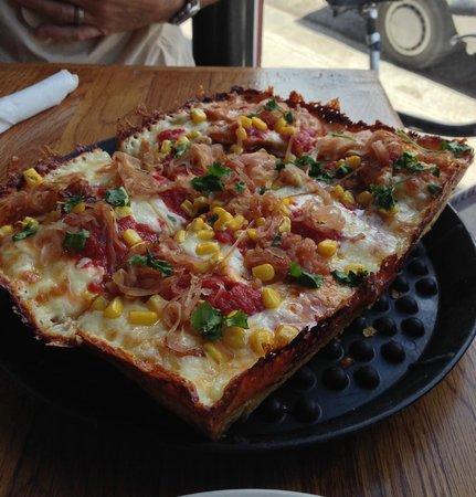 Brown Dog Pizza: Southwestern BBQ Chicken