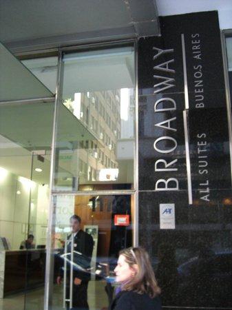 Broadway Hotel & Suites : Entrada
