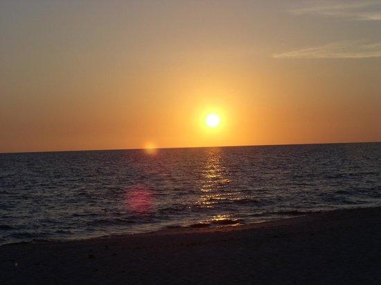 A Beach Retreat: Great Sunsets