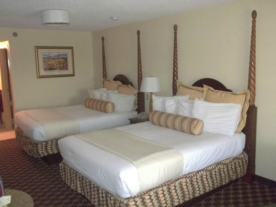 Shular Inn Hotel: Very comfy beds!