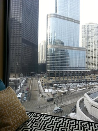 Kimpton Hotel Monaco Chicago: Looking up Wabash.  Trump Tower