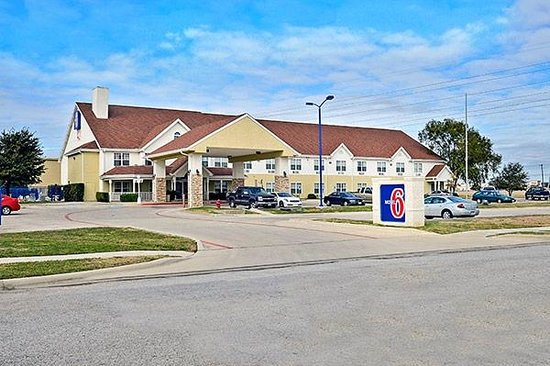 Motel 6 North Richland Hills- NE Ft Worth