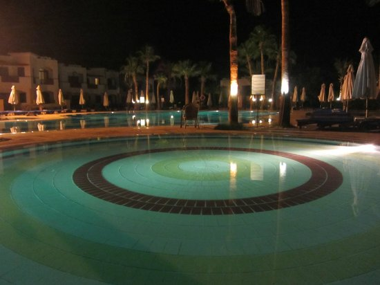 Otium Hotel Amphoras: Night walk