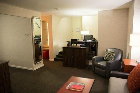 MileNorth, A Chicago Hotel: Room 2606