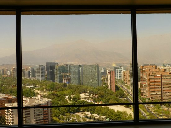 Grand Hyatt Santiago: spacious view from our room