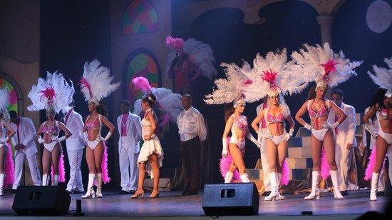 Grand Palladium Bávaro Suites Resort & Spa: Anfiteatro show nocturno