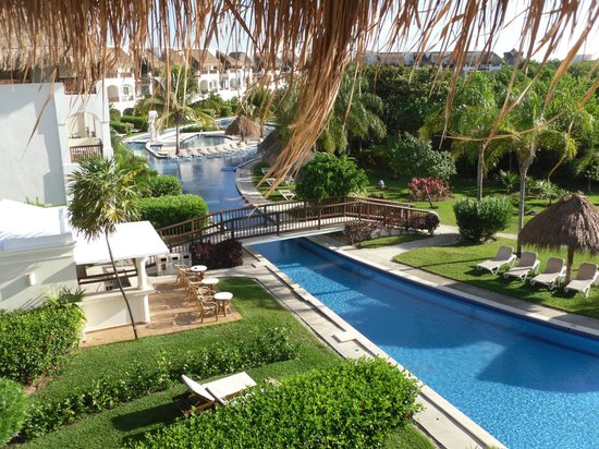 Valentin Imperial Riviera Maya : another taken from our balcony