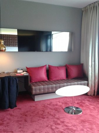 Airport Hotel Basel : chambre