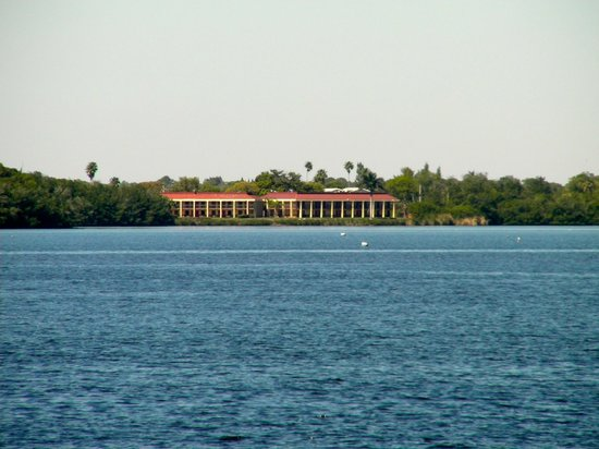 Red Roof Inn Fort Myers: View From Across The River