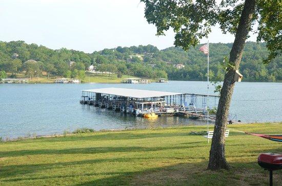 Happy Hollow Resort: Dock