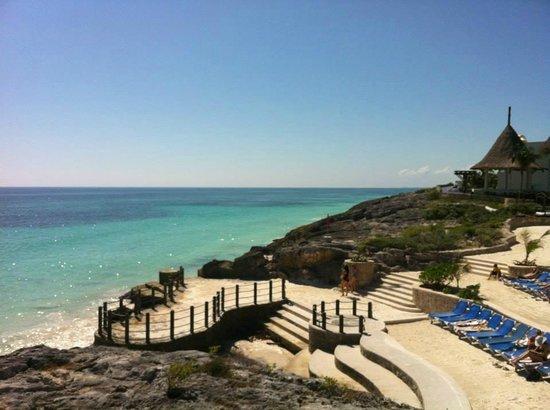 Kore Tulum Retreat and Spa Resort: View of the beautiful water