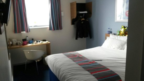 Travelodge Liverpool Central The Strand: Double on fourth floor