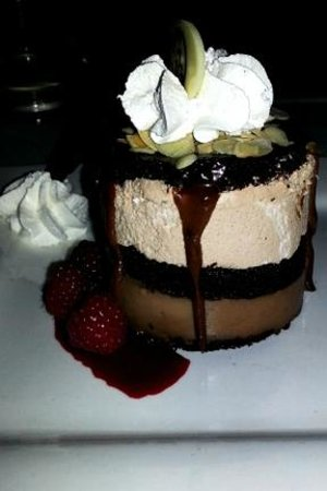 Gregory's Mesquite Grill: Dessert - Chocolate Cloud