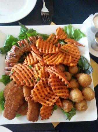Frank's Steak & Schnitzel Haus: Appetizer platter