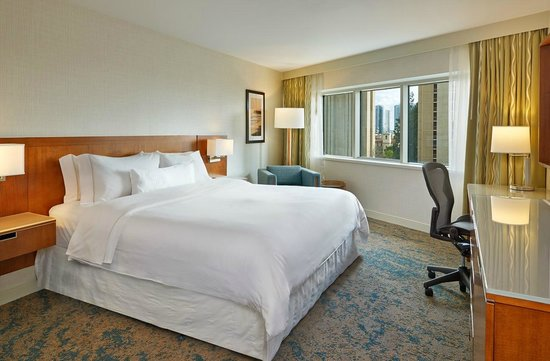 The Westin San Diego: King Bed Guestroom